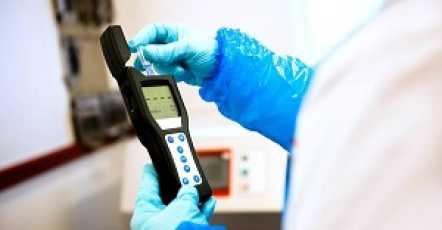 Snelle hygiënecontrole met een ATP meter